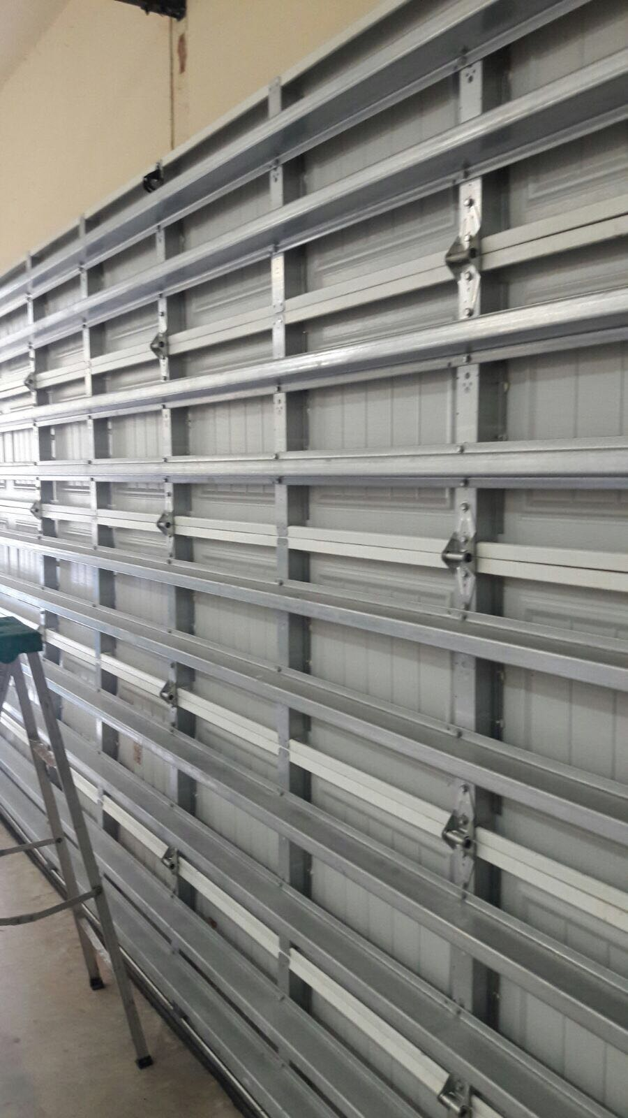 wind_load_garage_doors